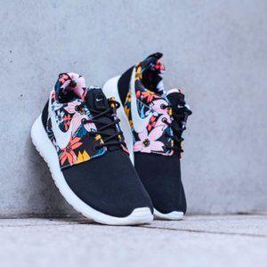 Nike Roshe Run Black Aloha Sneakers